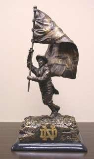 Notre Dame Fighting Irish Bronze Desktop Statue, Wolfe