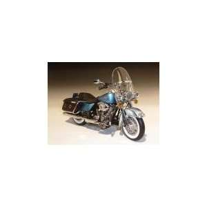 2011 Harley Davidson FLHRC Road King Classic Cool Blue