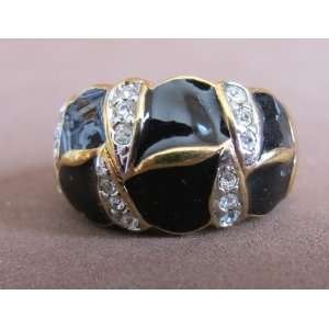 LADIES Fashion RING SIZE 6 Gold Plated BAND w Crystal Stones & Black