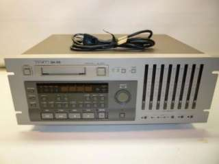 TASCAM DA 88 8 CHANNEL DIGITAL Hi8 MULTI TRACK RECORDER