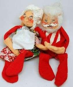 Annalee CHRISTMAS Vintage 70 Hugging Santa & Mrs Claus