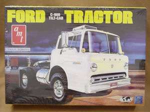 FORD C 900 TILT CAB AMT plastic big rig truck model