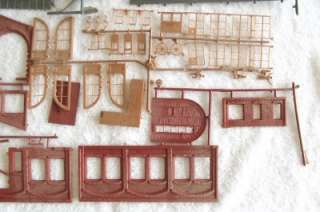 Vintage Revell Operating Engine House Kit 1960s HO ~ Good Parts