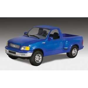 Lindberg 1:25 scale Ford F 150 Flareside Pickup: Toys