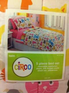 BED SET TWIN REVERSIBLE COMFORTER BOW WOW DOGS AND CATS *New
