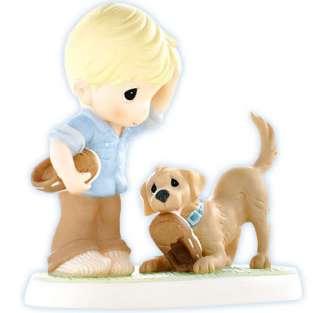 New PRECIOUS MOMENTS Figurine PUPPY DOG SHOE BOY ☆