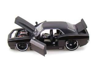 1969 Chevy Camaro Collectors Club Diecast Car Die Cast Cars JADA 124