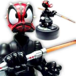 DISNEY Star Wars Tours Donald Duck Darth Maul Bust Statue Figure & Pin