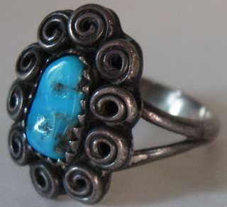 VINTAGE NAVAJO INDIAN STERLING SILVER TURQUOISE TWIRL RING