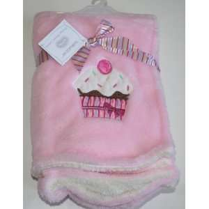Soft Plush Baby/Infant Girl Blanket   Pink/Cupcake   30 x 30 Baby