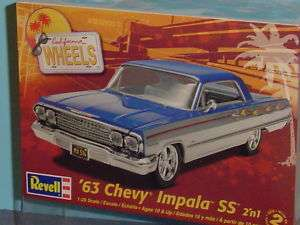 1963 CHEVY IMPALA SS MODEL KIT 125 REVELL