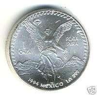 Das erste Design zeigt auf der Avers der Münze (Vorderseite) das