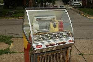 1955 SEEBURG HF100J JUKEBOX $500 IN NEW VICTORY GLASS