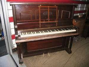 PIANO DROIT ancien cadre métallique SQUIRE LONDON