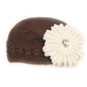 Fits 0   9 Months With a 4 White Gerbera Daisy Flower Hair Clip Baby
