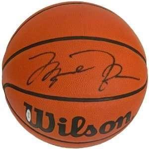 Michael Jordan Chicago Bulls Hand Signed Autographed Full Size Wilson