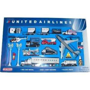 United Airlines 26 Piece Playset Toys & Games