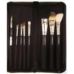MAC 8 Pieces Professional Brush Set Beauty