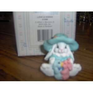 The Patchville Bunnies Collection love & Kisses Home & Kitchen