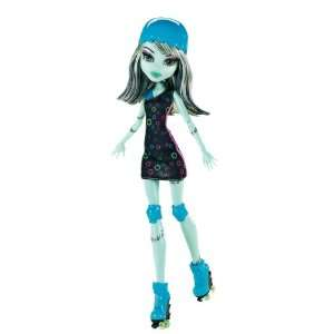 Monster High Roller Maze Frankie Stein Doll: Toys & Games